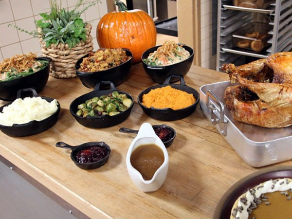 Don 39 t want to cook order turkey day meals to go eureka for Order food to go