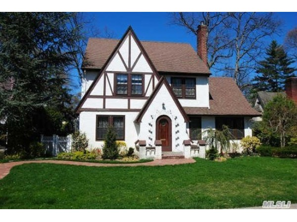 Homes For Sale Centre Island Ny