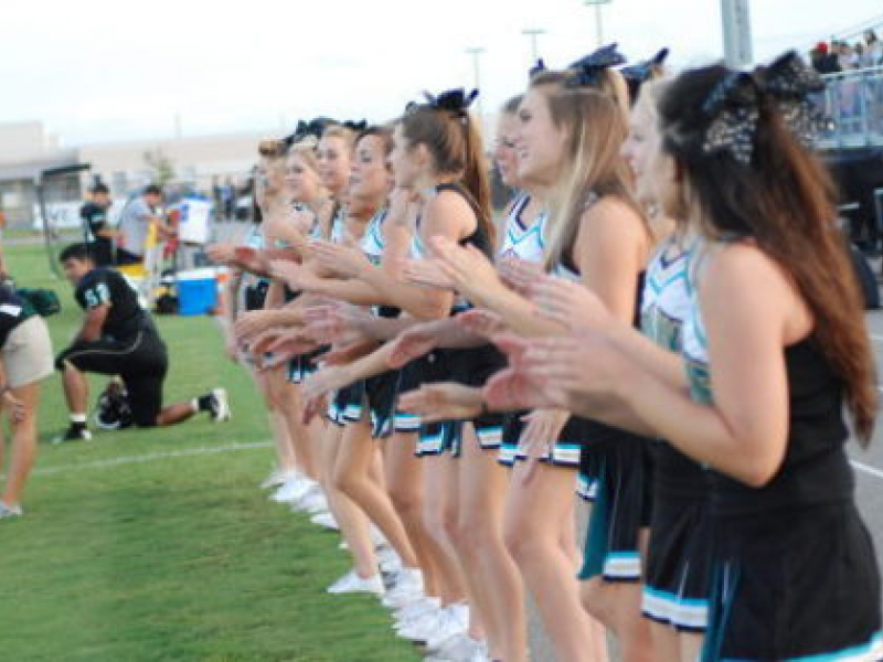 How to Get on Your Schools Cheerleading Squad