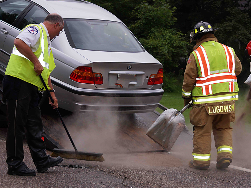 3 Vehicle Crash Disrupts County 19 Traffic Lake