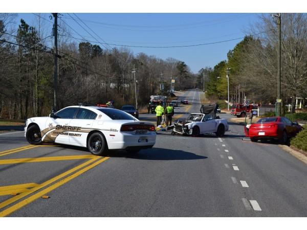 Car Crash E Cherokee Drive Woodstock Ga