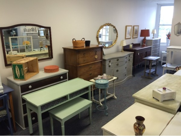 Vintage lane furniture home decor opens in caldwell Home interiors portrack lane