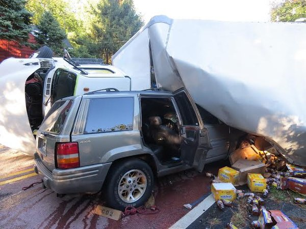 Jeep Crashes Into Overturned Truck In Wyckoff Wyckoff