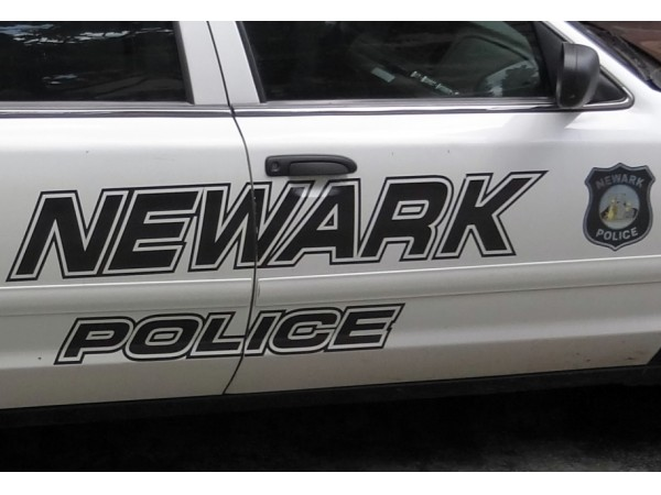 newark used car dealership robbed suspects allegedly cause crash police newark nj patch. Black Bedroom Furniture Sets. Home Design Ideas