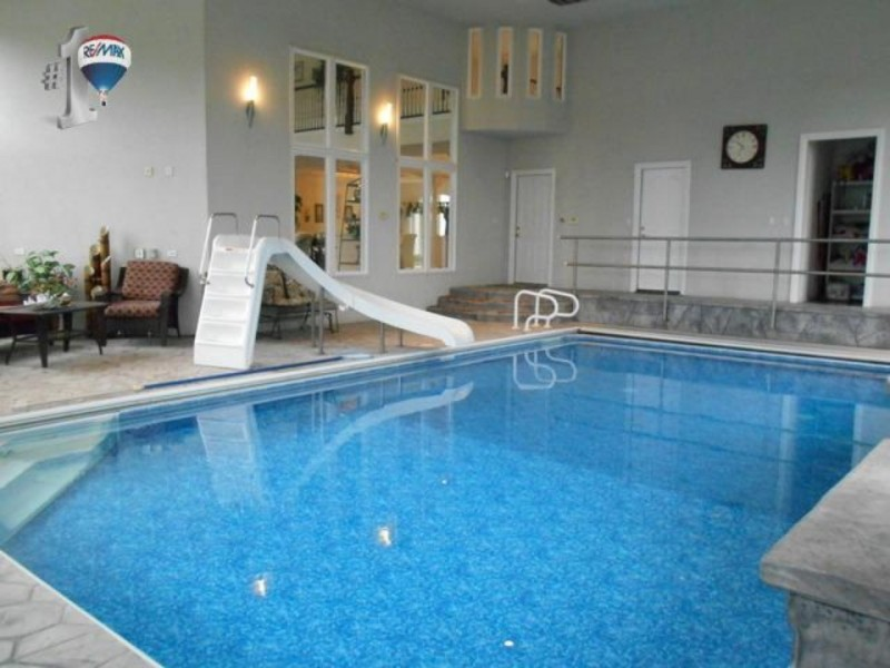 Wow House Indoor Pool Waterfront Property Joliet Il