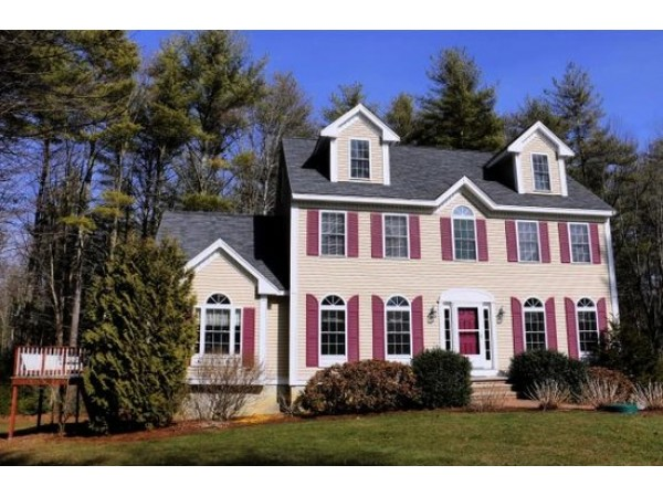 new houses condos for sale in exeter brentwood exeter. Black Bedroom Furniture Sets. Home Design Ideas
