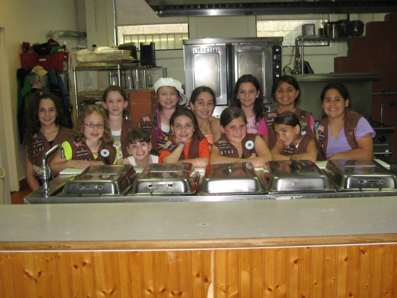 Merrick Girl Scouts Volunteer At Soup Kitchen Merrick Ny Patch