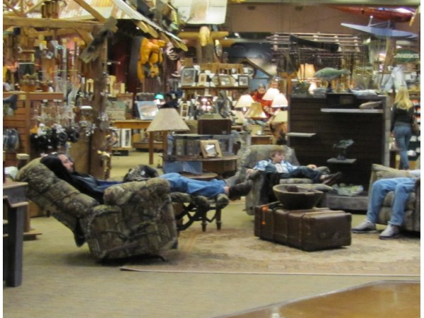 Man Cave Store Baltimore : The man s cave glen burnie md patch