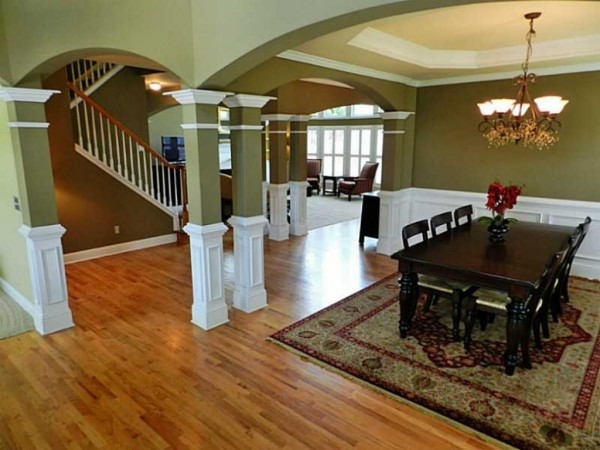 Home Spotlight Open Floor Plan Finished Basement 3 Car
