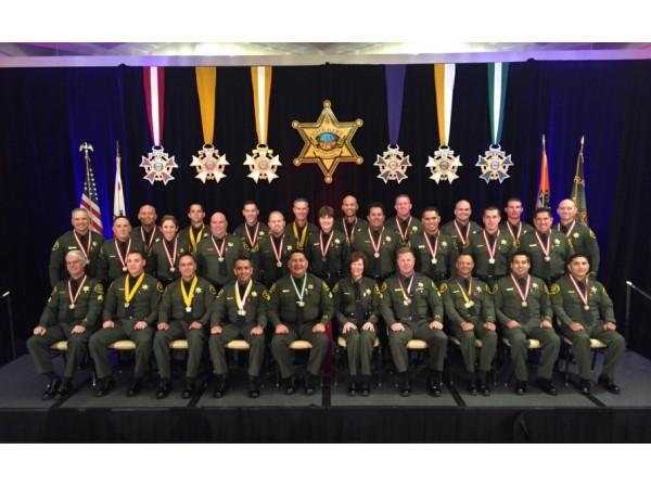 Deputies Honored For Saving Woman S Life Wsil Tv 3 - Www