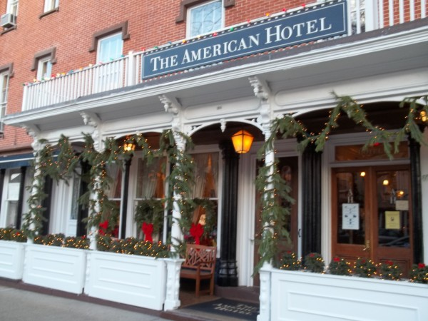 10 Restaurants Open For Christmas Eve And Christmas Dinner