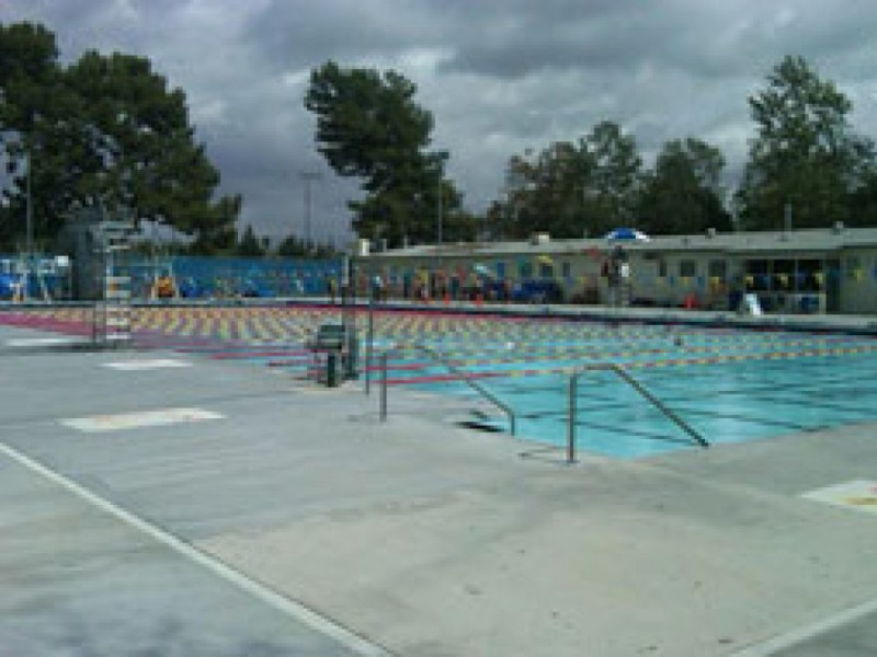 Park swimming pool open on weekends sherman oaks ca patch for Garden oaks pool