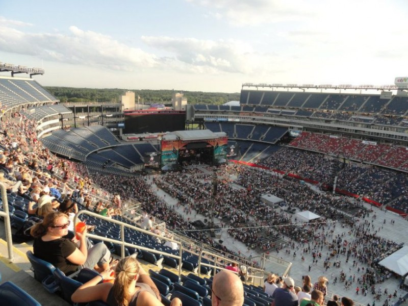 5 Things You Need To Know About This Weekends Country Fest At Gillette Stadium