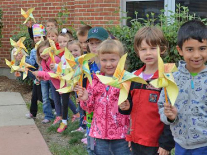 Students at Palos East and West Schools plant \