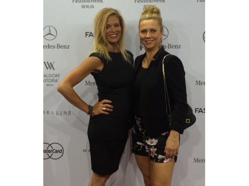 Salon hype stylists take global fashion week burr ridge for 720 salon celebration fl