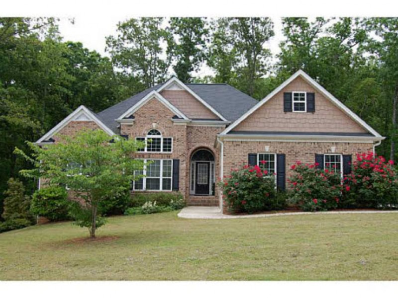 House hunt spacious homes under 200k dallas ga patch for Home builders under 200k