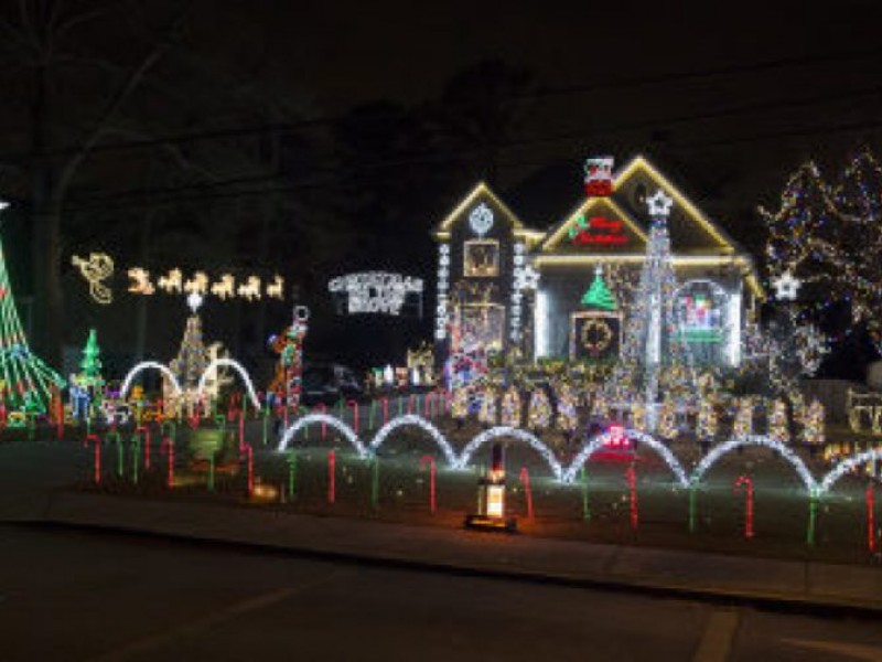 Best Christmas Lights In Tampa Bay