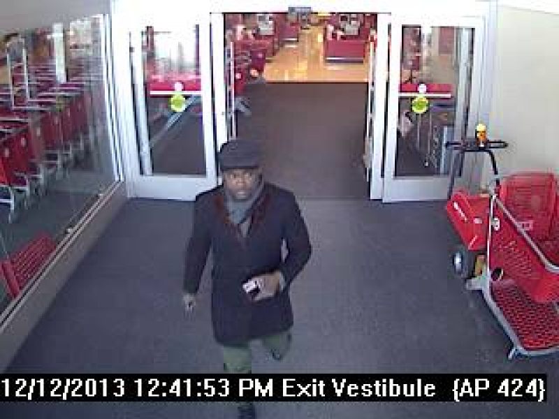 alleged credit card thief sought by cherry hill police