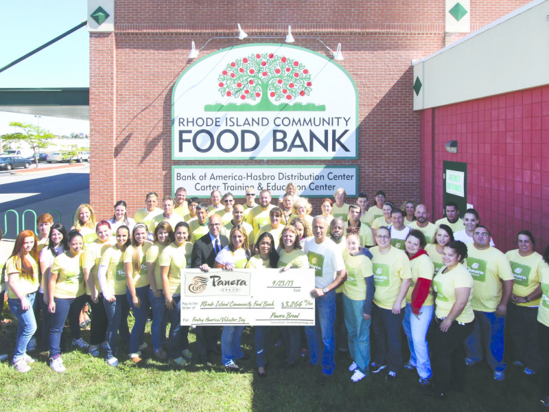 Wakefield Panera Bread Helps Contribute Thousands To Ri Food Bank