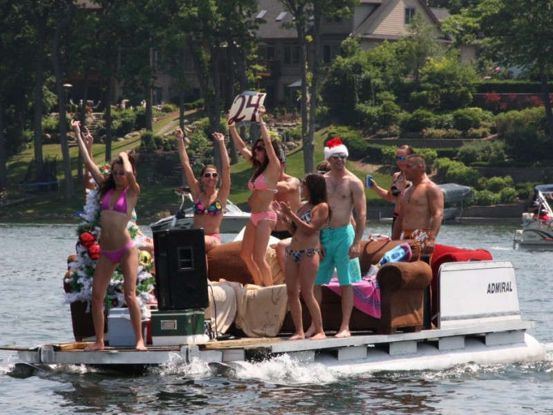 christmas in july boat party