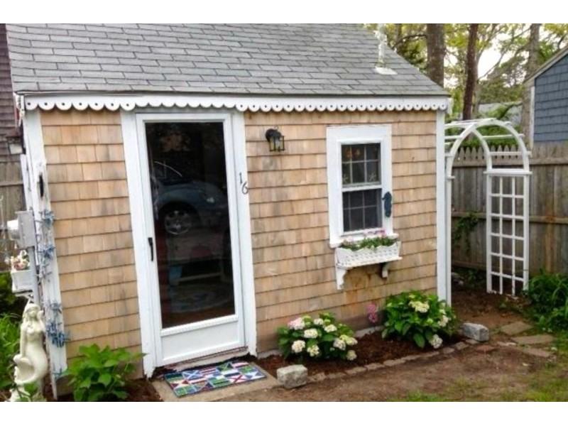 cape cod s tiniest cottage for sale westford ma patch rh patch com cottages for sale in manitoba cottages for sale in manistee michigan
