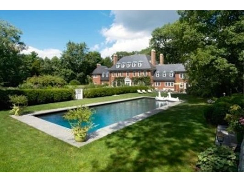 These are the 10 most expensive homes for sale in mass for Most expensive homes on the market