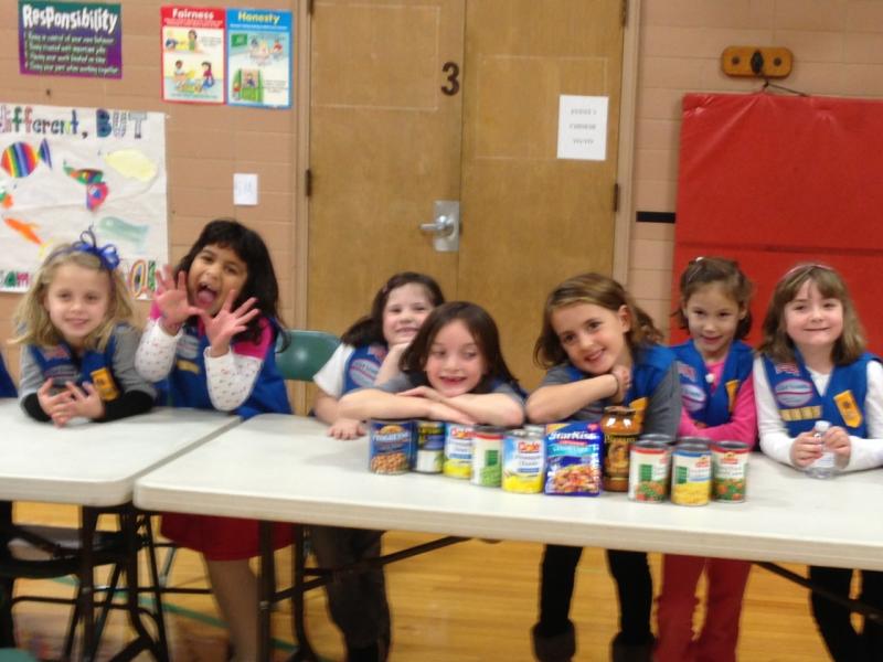 Jefferson School Daisy Girl Scout Troop 40385 Helps Those in Need