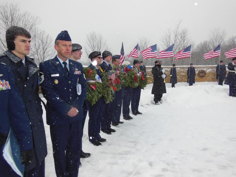 Lincoln Way Afjrotc Volunteers Participate In Wreaths