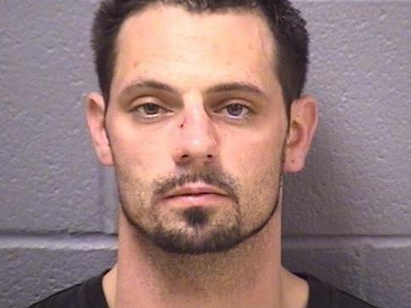 Dad Caught Underage Daughter in Basement With Classmate's ...