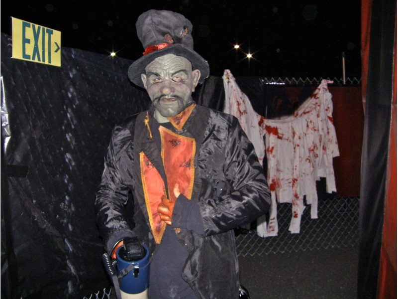 video dark carnival haunts freehold raceway 0