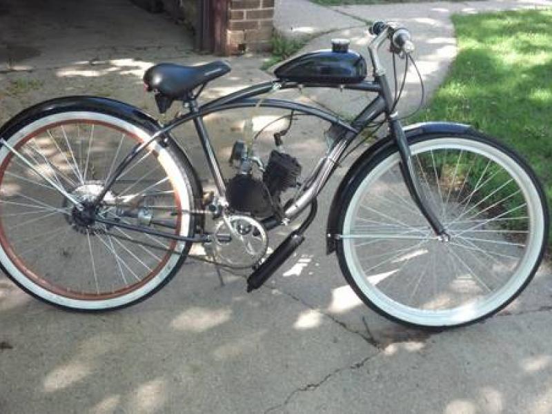 Shorewood Craigslist Finds: Motorized Bike, Hank Aaron ...