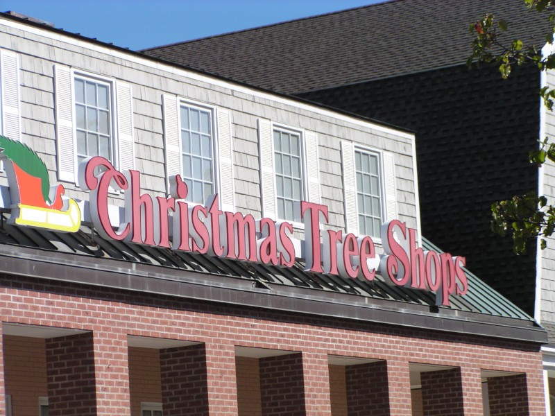 Christmas Tree Shops Site Of Arson