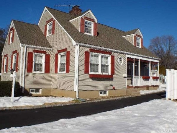 Homes For Sale In Greenport Long Island New York