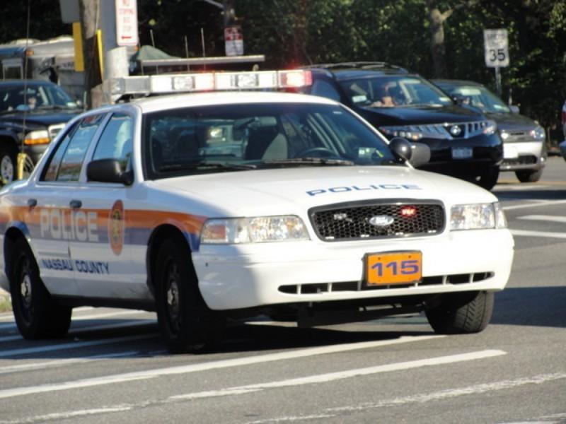 Police Unattended Pocketbooks Stolen Malverne Ny Patch