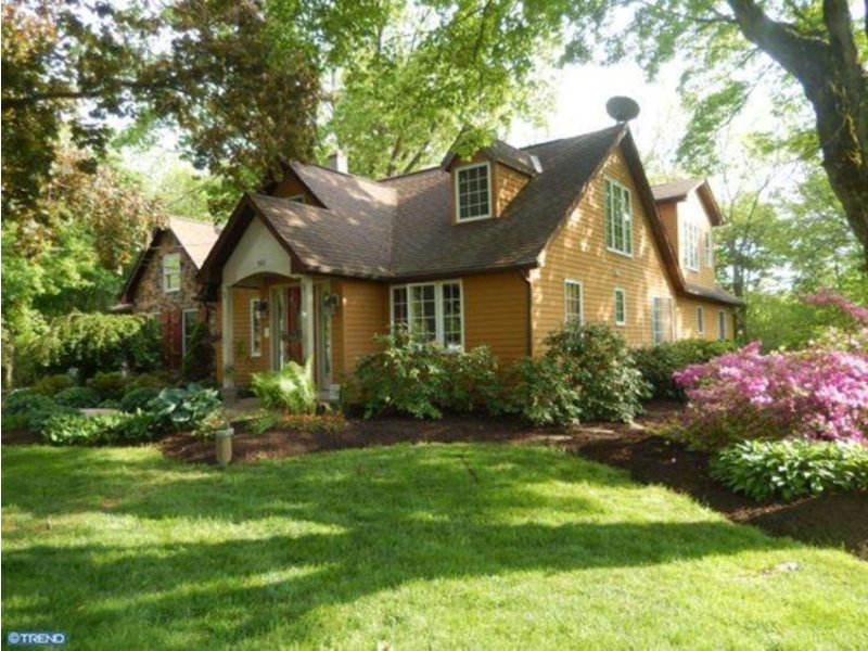 Country Cottage Retreat Among New Homes For Sale In