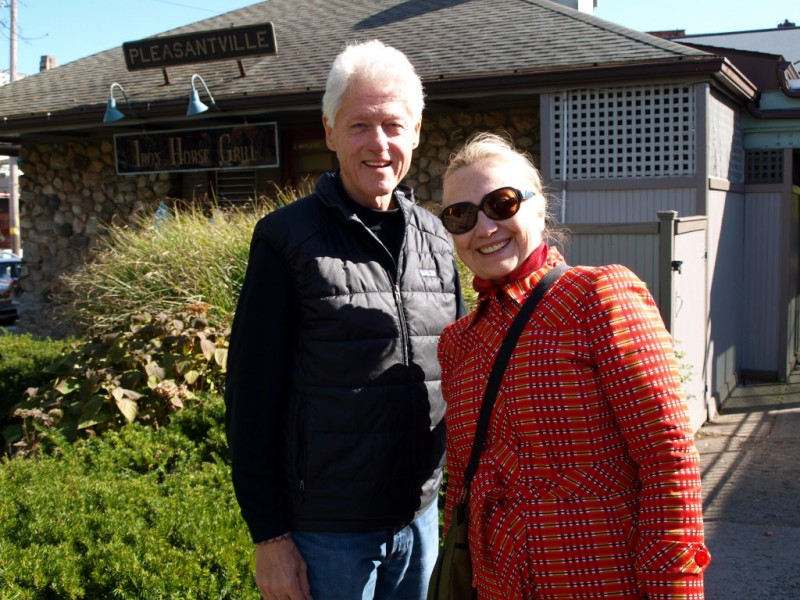 Bill And Hillary Clinton Spotted In Pleasantville
