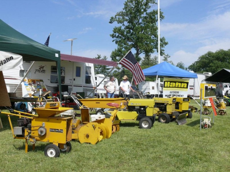 Antique tractor gets trenton teacher national attention for Royal family motors canton