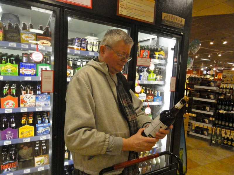 Giant Eagle Customers Toast Convenience of Beer Sales ...