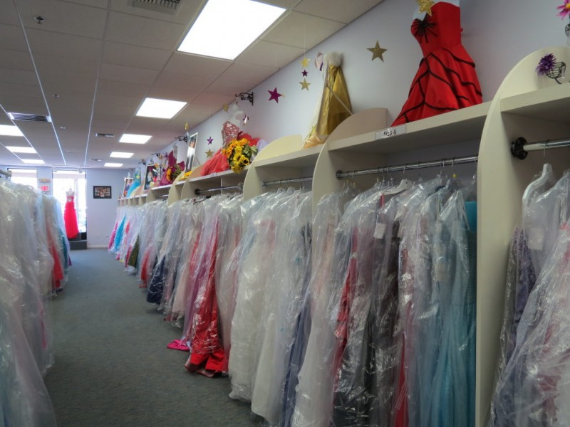 Easton Dress Shop Helping Girls Find Their Perfect Prom Dress ...