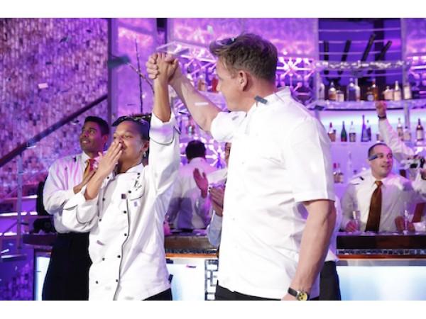 Bergen chef is 39 hell 39 s kitchen 39 season 15 winner wyckoff for Hell s kitchen season 16 cast