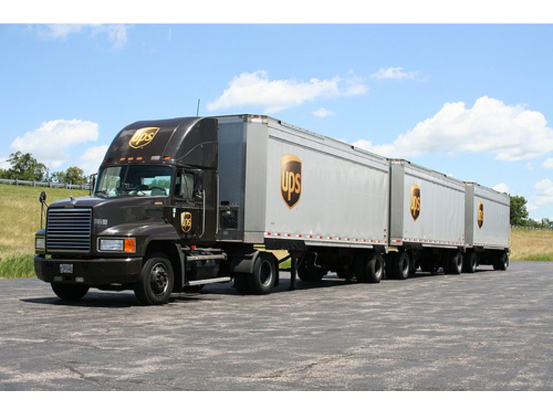 ups tractor trailer driver