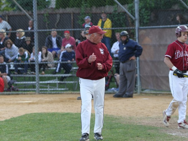 Umpires Association Honors Garden City Baseball ...