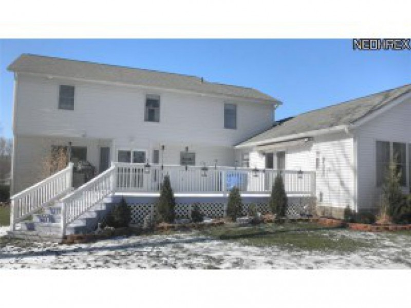House for sale has handicapped accessible in law suite for Houses with inlaw suites for sale in ma