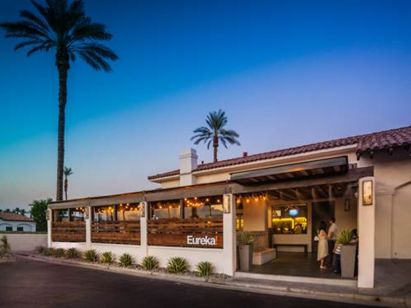 New Gourmet Burger Restaurant Eureka Officially Open In Indian Wells 0