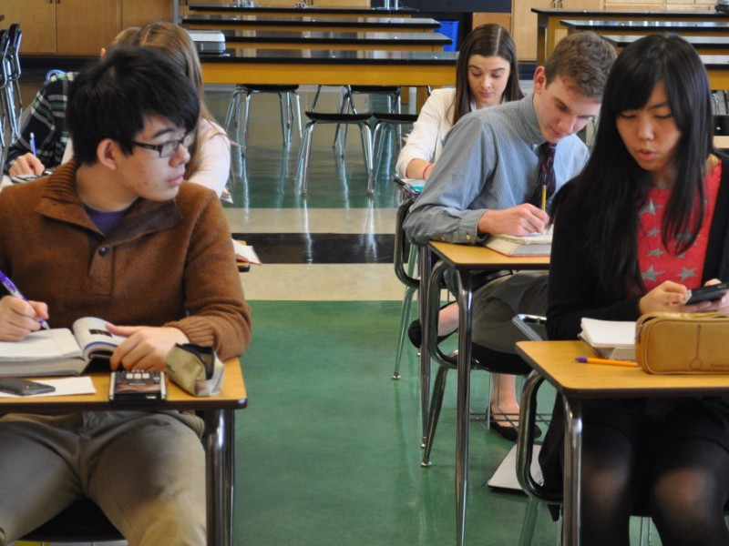 Chinese Students Adapting To American High School Life