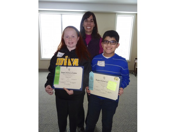Joliet area students win DAR Good Citizen Awards   The Herald News