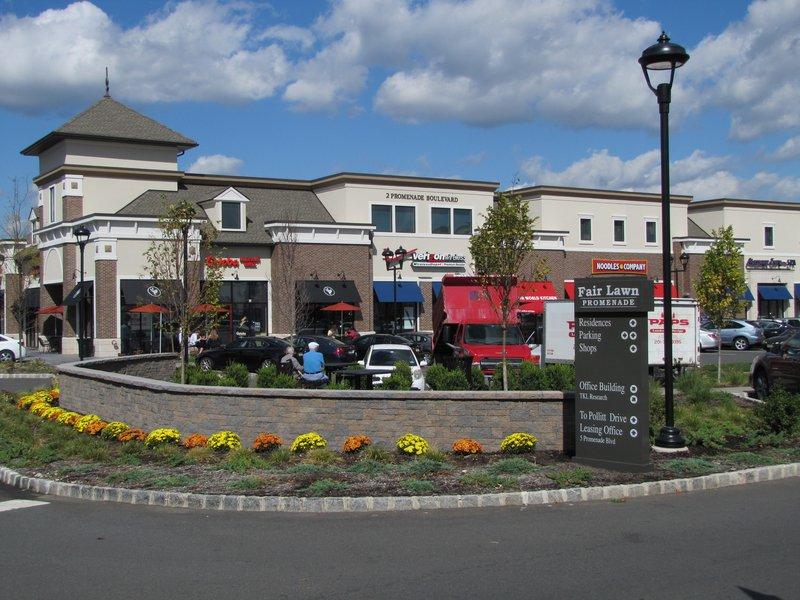 Fair lawn promenade brings prominent commercial retail business to fair lawn promenade brings prominent commercial retail business to bergen county nj reheart Images