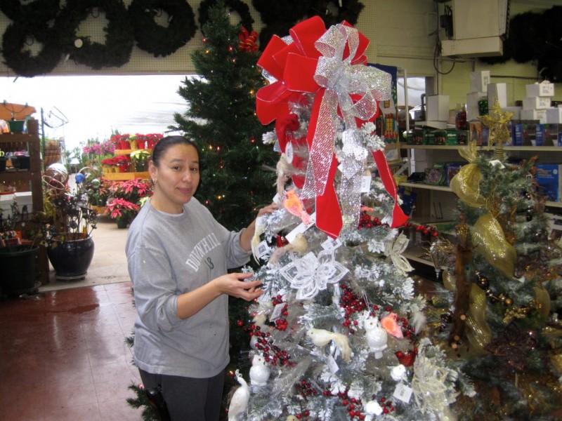 ... Cedar Grove Garden Center Prepares Personalized Wreaths For The  Holidays 0 ...