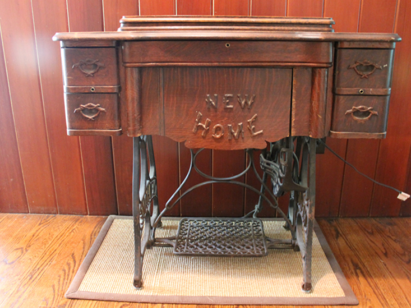 For sale antique new home 1911 sewing machine table west for sale antique new home 1911 sewing machine table sciox Choice Image