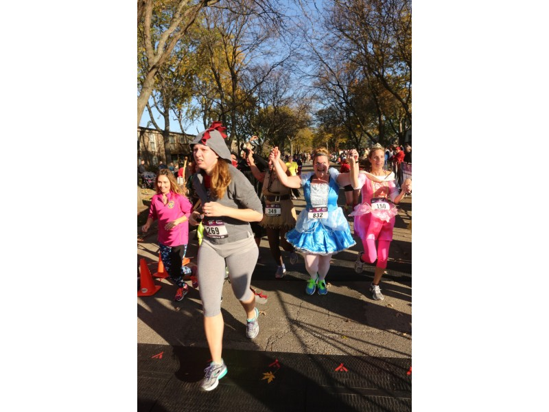 halloween hustle 5k hits downtown palatine streets saturday oct 24 0